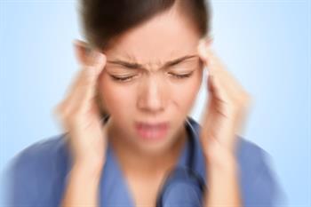Baş Ağrısı Tedavisinde Gıda Takviyeleri ve Bitkisel İlaçlar