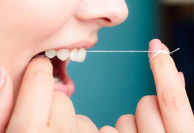 Diş tartarları evde nasıl temizlenir?