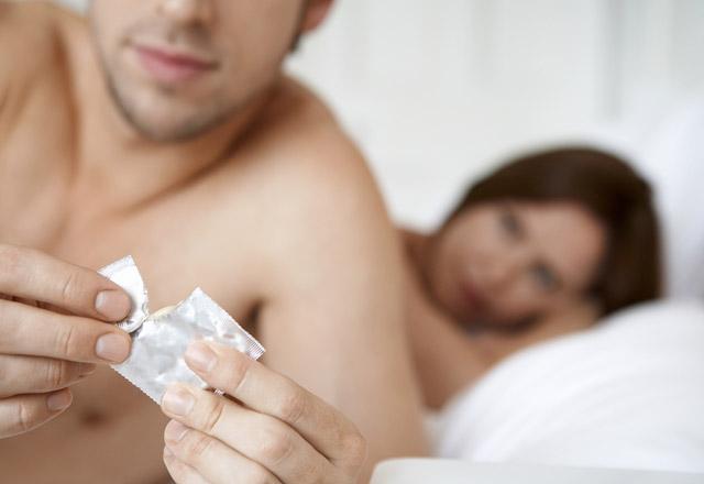 HIV nedir? HIV olduğunuzu nasıl anlarsınız?